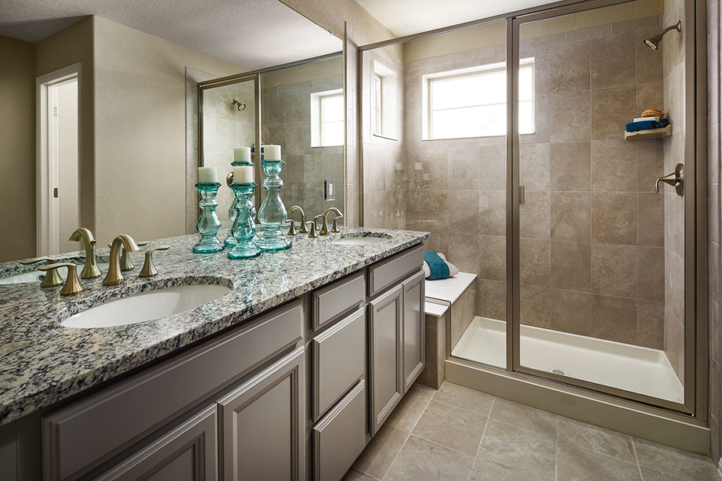 Lennar-Sterling-Ranch_Ivy_Master-Bathroom-1