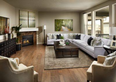 Lennar-Sterling-Ranch_Peyton_Great-Room-700x467