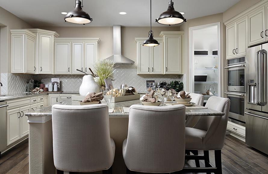 Sterling-Ranch-Richmond-Landmark-Gallery-kitchen
